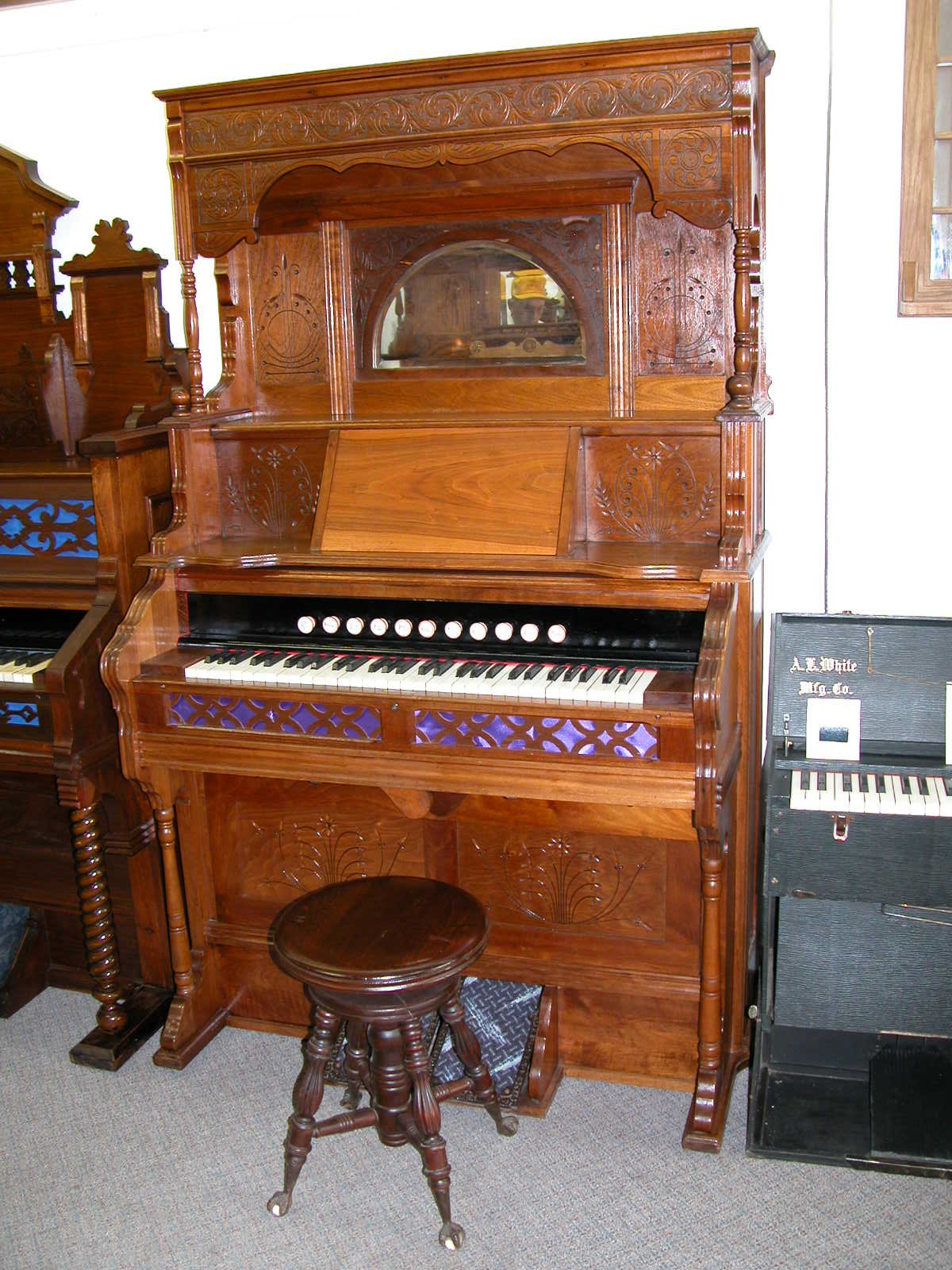 1899 Story & Clark Organ Co. I.D. No. #52